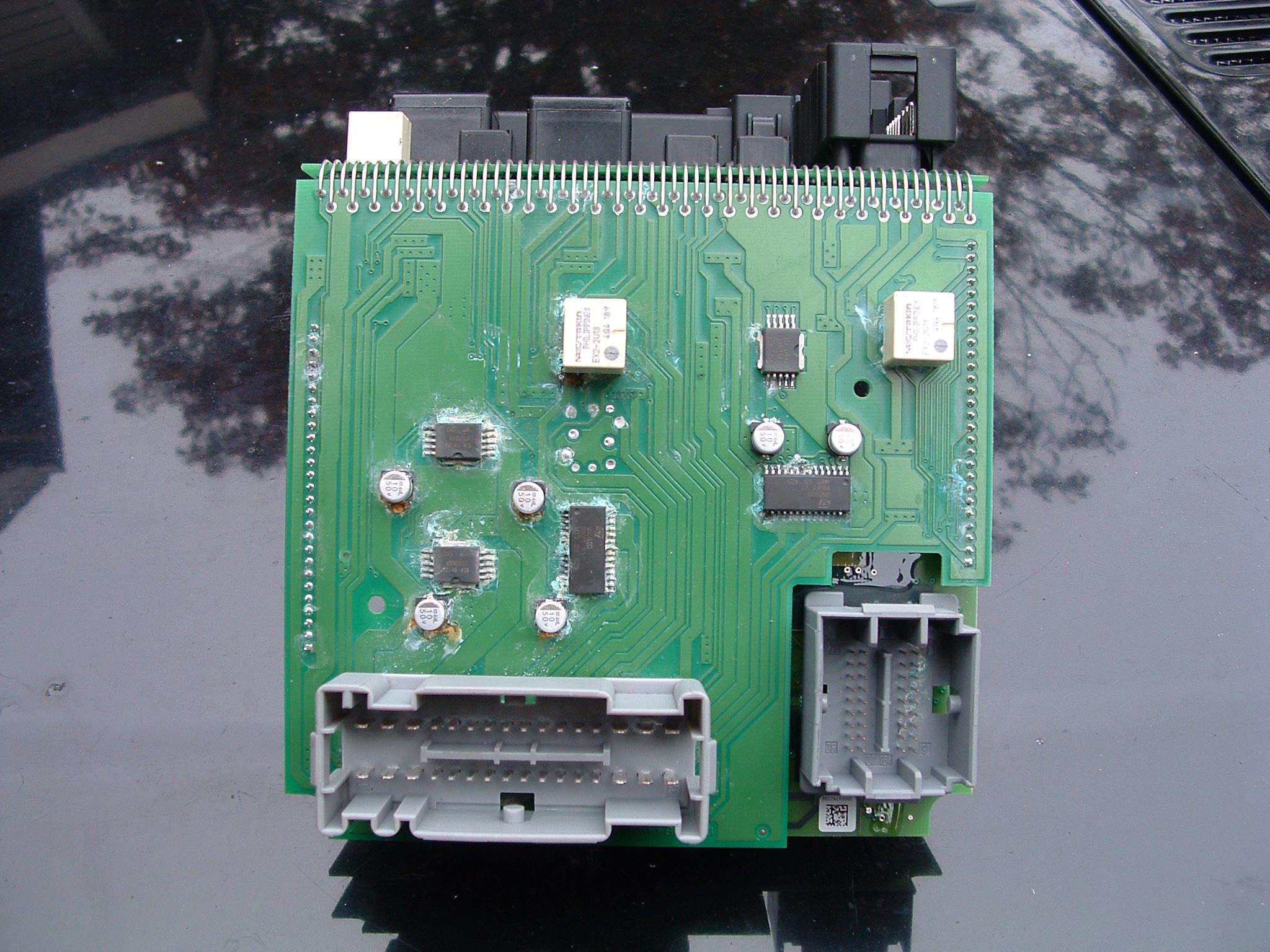 2005 xc90 cem corrosion volvo forums rh thevolvoforums com 3-Way Switch Wiring Diagram Basic Electrical Wiring Diagrams